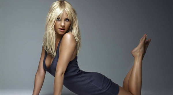 Kaley Cuoco Net Worth Thepeterssite News And Entertainment