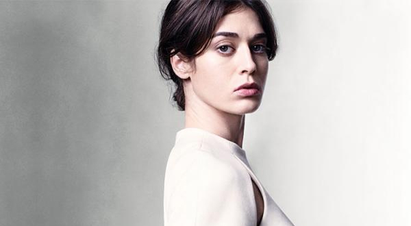 Lizzy Caplan Net Worth – thepeterssite – News and ...