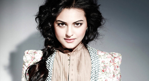 Sonakshi Sinha Net Worth - Celebrity Biography, Profile ...